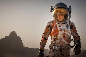 martian-damon-space-suit